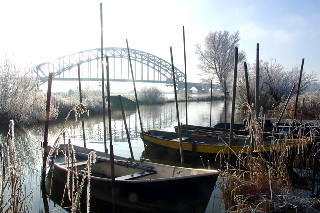 Oude IJsselbrug in de winter 6815